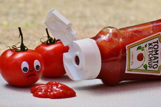 tomatoes-ketchup-sad-food-161025.jpeg